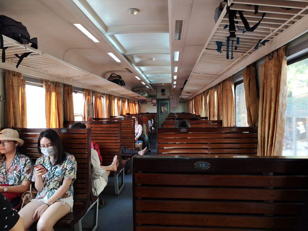 Treno-Hanoi-Ninh-Binh
