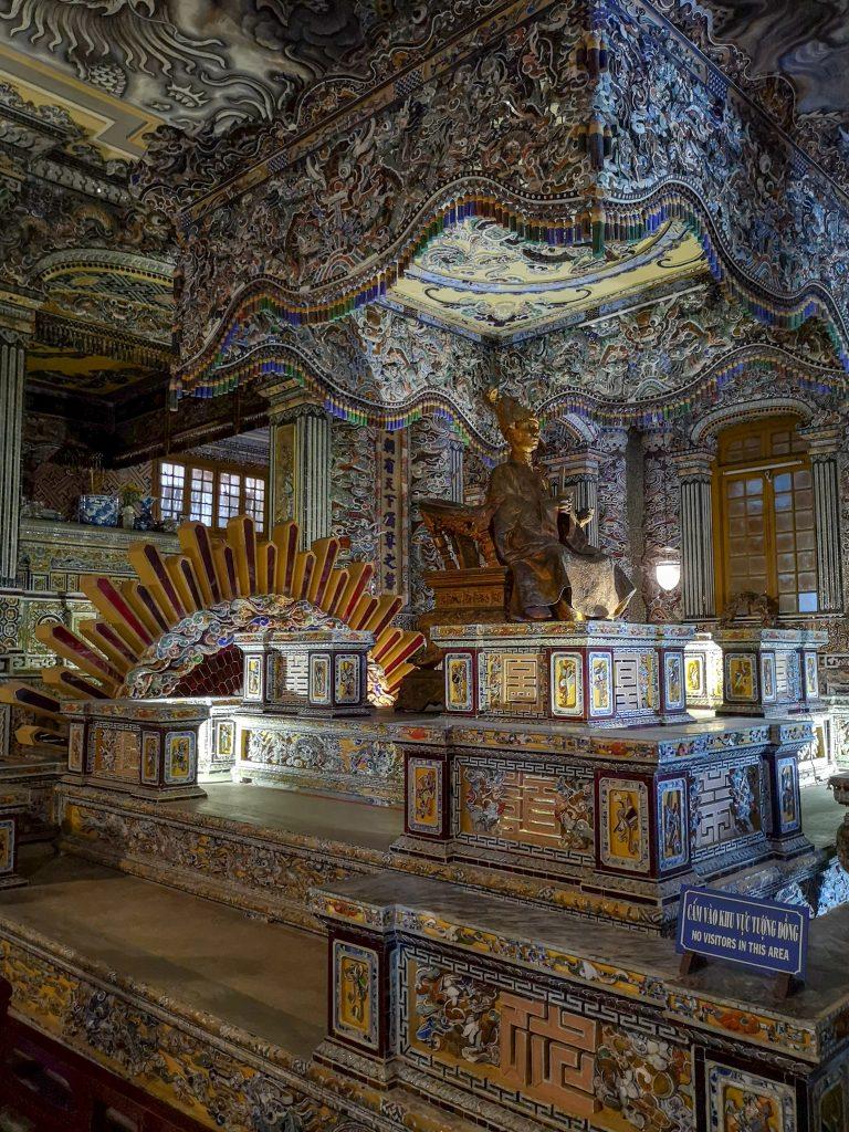 Tomba-di-Khai-Dinh