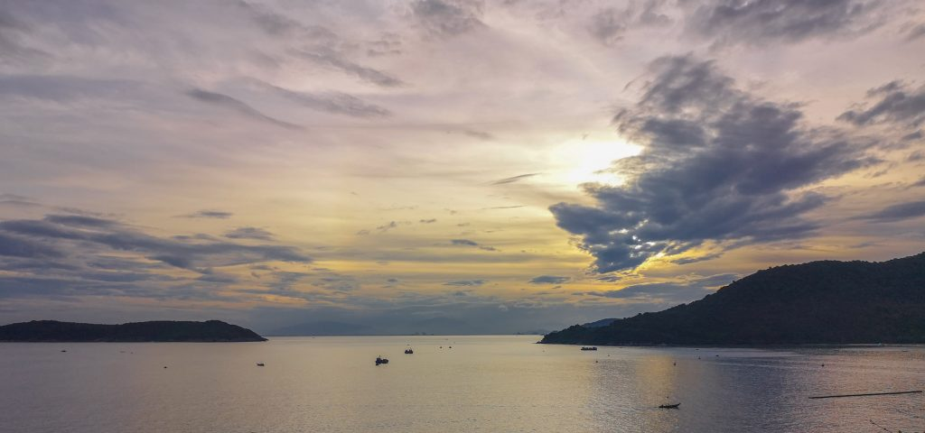Tramonto-a-Cham-Island