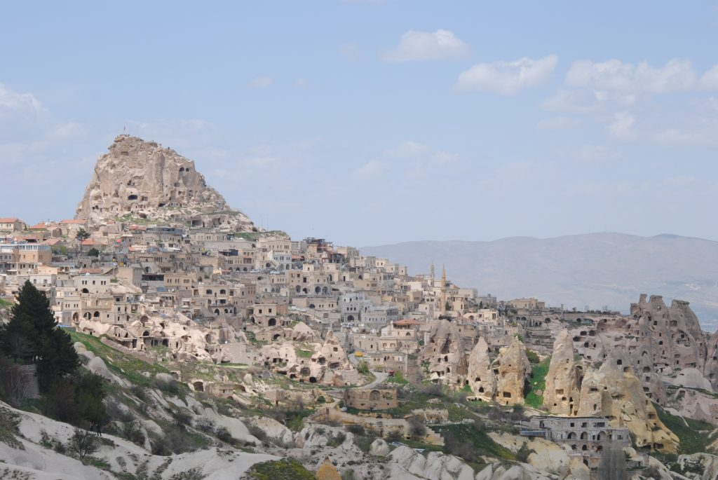 Vista-di-Uçhisar-dalla-Pigeon-Valley