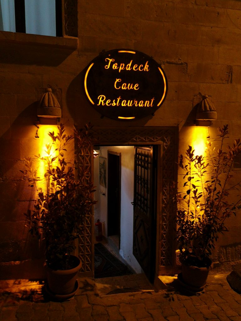 Topdeck-Cave-Restaurant