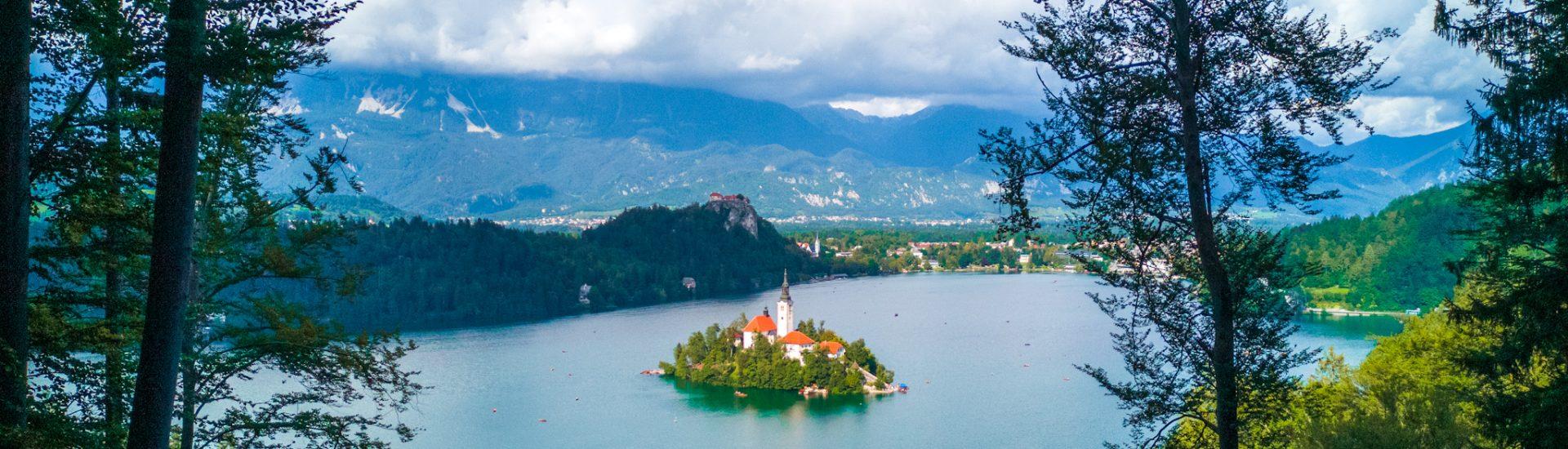 Lago-di-Bled-dall-alto