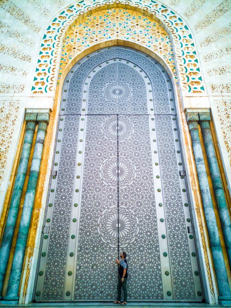 Portone-moschea-di-Hassan-II