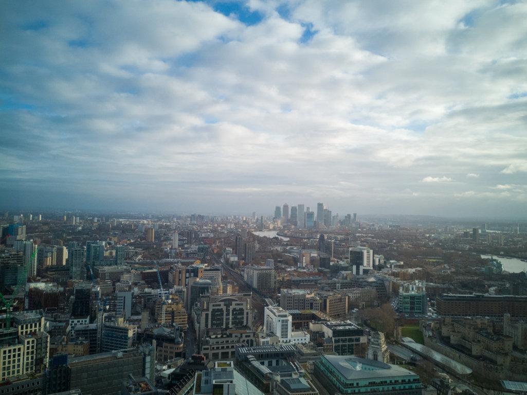 Vista-su-tutta-la-città-dallo-Sky-Garden