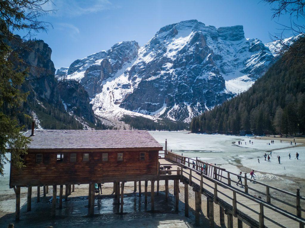 Lago-di-Braies-5-laghi-da-non-perdere-in-Trentino-Alto-Adige