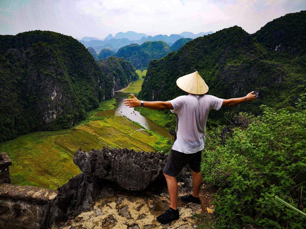 Mua-Caves-Vietnam