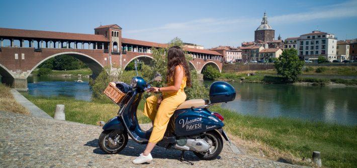 Scoprire-Pavia-in-sella-ad-una-Vespa