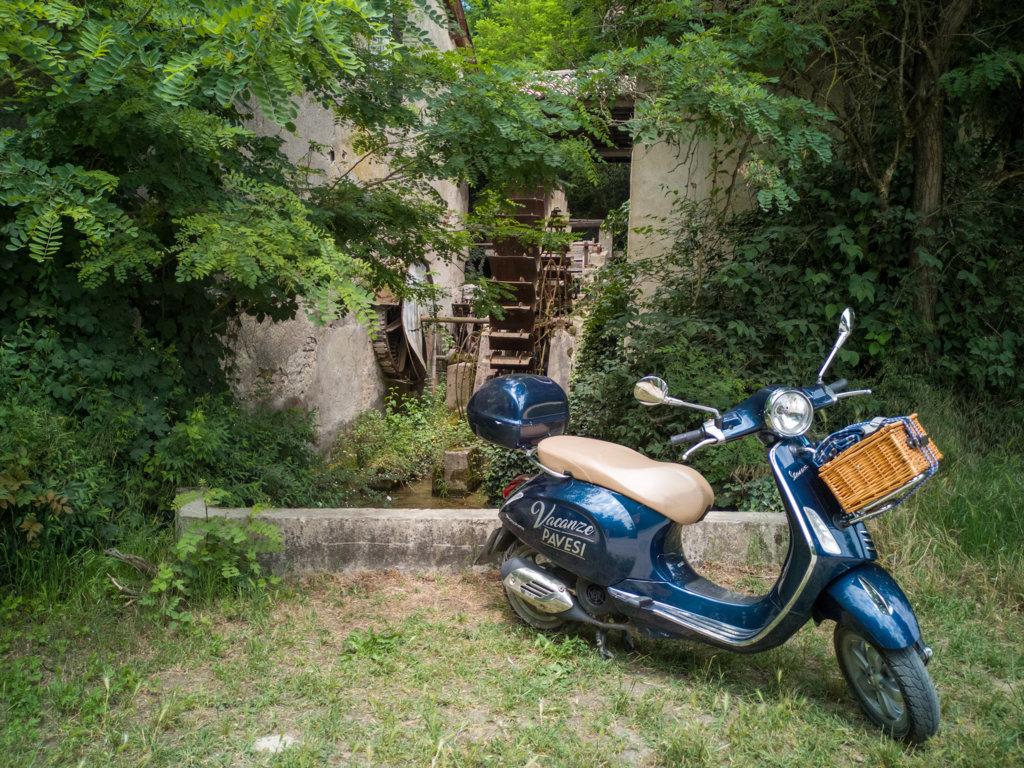 Vecchio-Mulino-di-Zelata-Scoprire-Pavia-in-sella-ad-una-Vespa