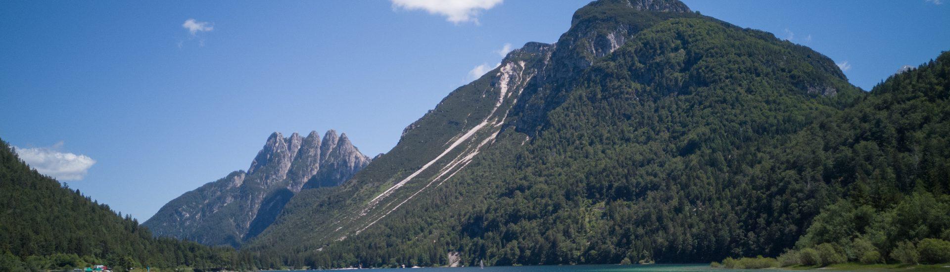 Panorama-dal-Lago-del-Predil