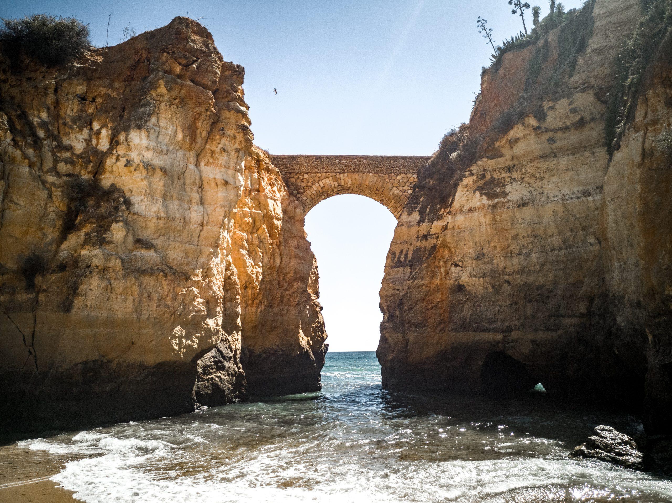 Praia-dos-Estudantes-le-spiagge-più-belle-dell-algarve